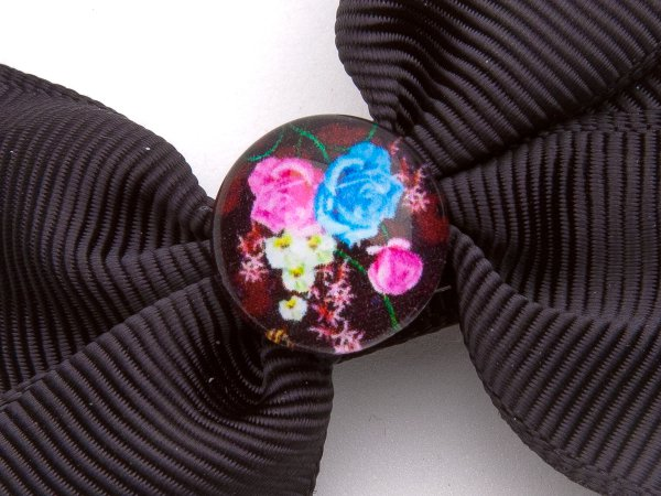 Заколка-прищепка бантик с цветочным кабошоном