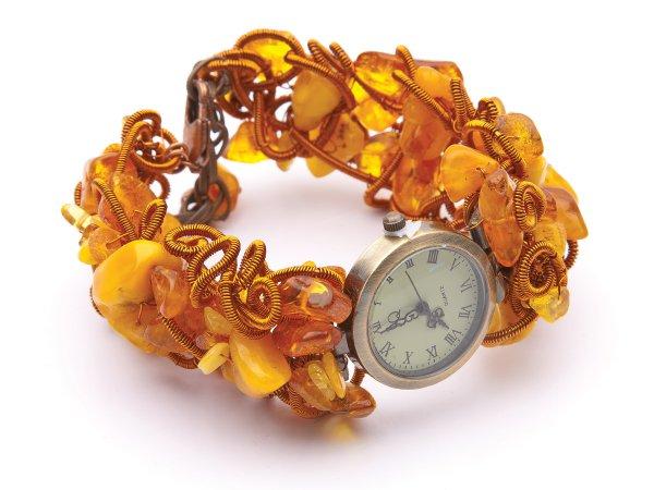 Часы кварцевые из янтаря