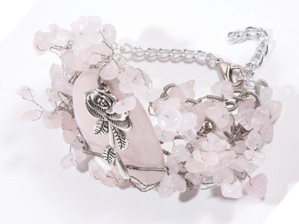 Браслет из розового кварца с розочкой