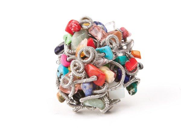 Кольцо из микса камней