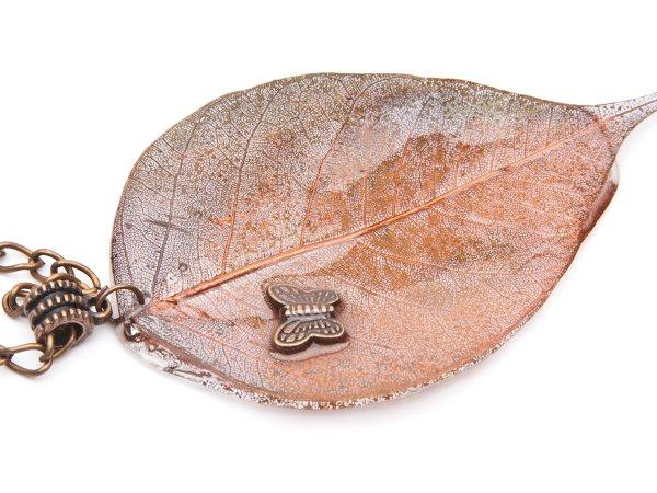 Кулон листик гальваника в эпоксидной смоле
