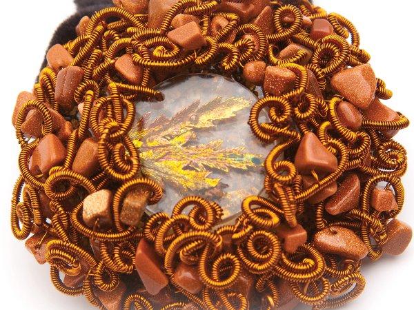 Заколка-резинка из коричневого авантюрина