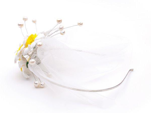 Ободок с ромашками, жемчугом и вуалью