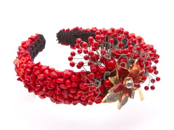 Ободок-диадема из коралла