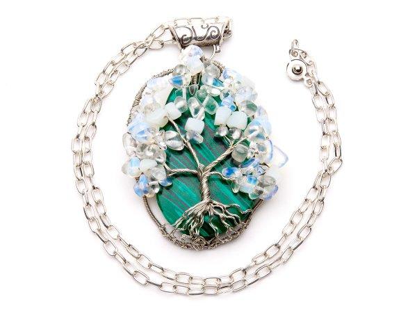 Кулон Дерево из малахита и лунного камня