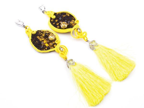 Серьги-кисти желтые с кружевом и стразами