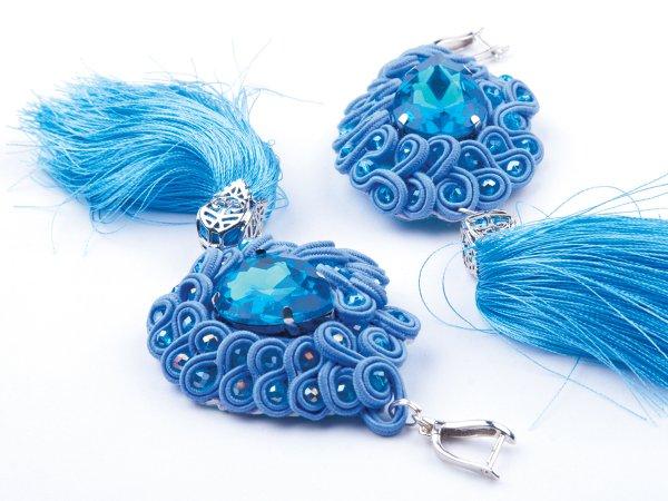 Серьги-кисти голубые с сутажем и стразами
